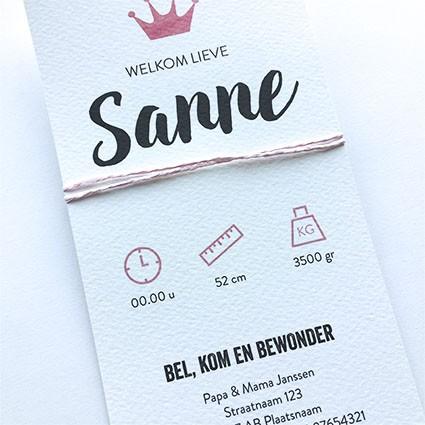 Geboortekaartje Roze kroon en label