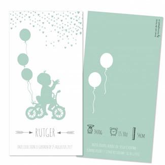 Geboortekaartje Jongen op fiets met ballon