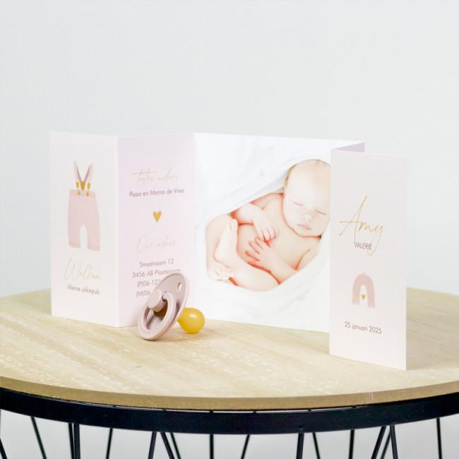 Geboortekaartje Luikvouw roze tuinbroek